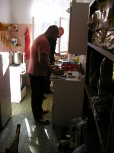 Veškeré jídlo nám opět připravoval Vašek Lugr za vydatné pomoci kamaráda Mirka