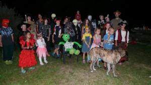 Následovalo rychlé převlečení do kostýmů a hurá na karneval